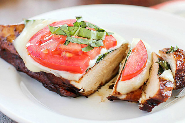 caprese-balsamic-chicken-recipe-4